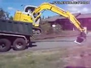 excavator operator has mad skills