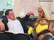 Latex Housewives Trina Michaels takes it in the pooper