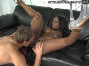 Hot black star Jada Fire loves the cock