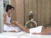 Massage session turns in lesbian oral sex
