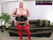 BBW Blonde Girl Toys Eager Cunt With Dildo