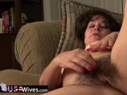 USAWives senior Lori Leane solo masturbation