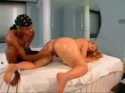 Curvy Brazilian Nympho Craves Throbbing Black Hard-On