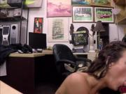 Victoria Banxxx sucked that big stiff dick in the office