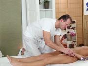 Masseur fucks babe to creampie in massage room