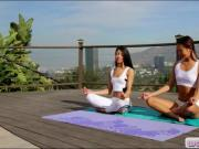 Yoga session turns into an intimate pussy licking outdoors