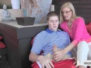 Stepmom Daryl Hannah hot threesome with teen couple