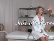 Masseur rubs pussy to blonde babe