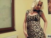 Kinky amateur Eurobabe Lynna Nilsson pussy banged for money