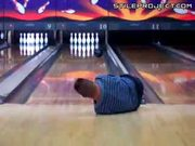 Bowler With No Arms WINS!