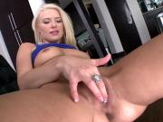 Sexy Blonde Babe Anikka Plays With Her Nice Pussy