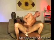 Black hottie smashes her boyfriends white ass hole