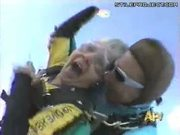 Sky Diver Lady Loses Her Dentures During Freefall