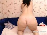 Girls with fat ass going hard on cam