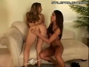 jenaveve jolie and roxy jezel threesome!