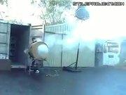 Huge smoke ring generator