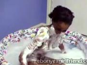 Perv tapes his pretty black gf taking a soapy bath