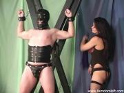 Double flogging a slave