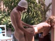 Real girlfriend gets outdoor fucking