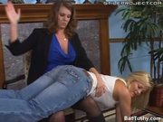 Alexis Texas gets her ass spanked