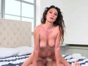 Sexy Cougar Jessica Torres Straddles Hung Mailman