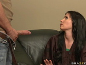 Rebecca Linares - The Crappy Hairstylist