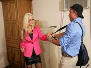 Briana Blair Gets Fucked By The Delivery Boy At The Office