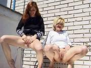 Lesbian Girls Peeing Video