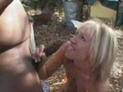 Blonde gets kissed and sucks