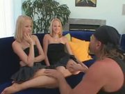 Blond babes in ffm fuck
