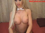 Beautiful Blonde Teases And Mastubates On Cam at 5ilthy
