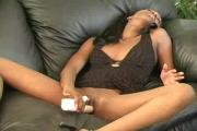 Ebony Toying And Pissing
