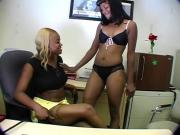 2 Chocolate Sluts Suck One Hard Stiffy