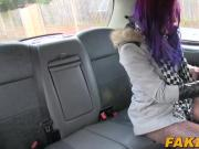Purple haired hottie Alexa pays a taxi driver with her cunt