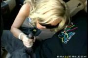 Teen Sucks Dick in Car!