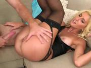 Hot Cougar Mckenzi Reynolds Gets Her Cunt Pumped Hard