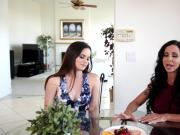 Jewels Jade pantiless milf pussy eaten up by Jenna J