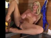 Mature tranny releases her juices