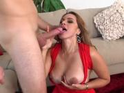 Hot Mature Vixen Gabriela Gets Good Shagging