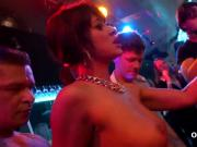 Fervid stunners give head and enjoy nailing and groupsex