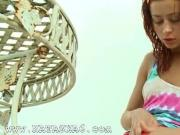 Russina schoolgirl Natasha rubbing