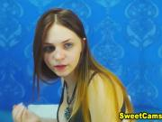 Hottest Cam Babe Fingering on Cam So Hard