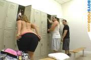 MILF locker room BJ