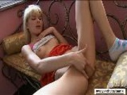 Blonde Teen(18+) Ellen Toying And Cumming