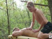Vadim Lust getting a beutiful sensual massage in the wo