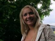 Amateur Czech girl Lana nailed in the park for some mon