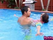 Petite teen Carolina hot outdoor fucking