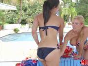 Horny Alexis Deens and stepmoms patriotic lesbian sex