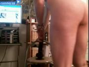 Webcam slut ride dildo in her camshow