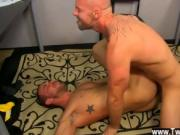 Sexy gay Muscle Top Mitch Vaughn Slams Parker Perry